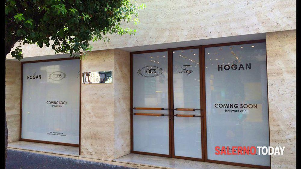 Apre i battenti sul Corso di Salerno la boutique delle griffe di ...