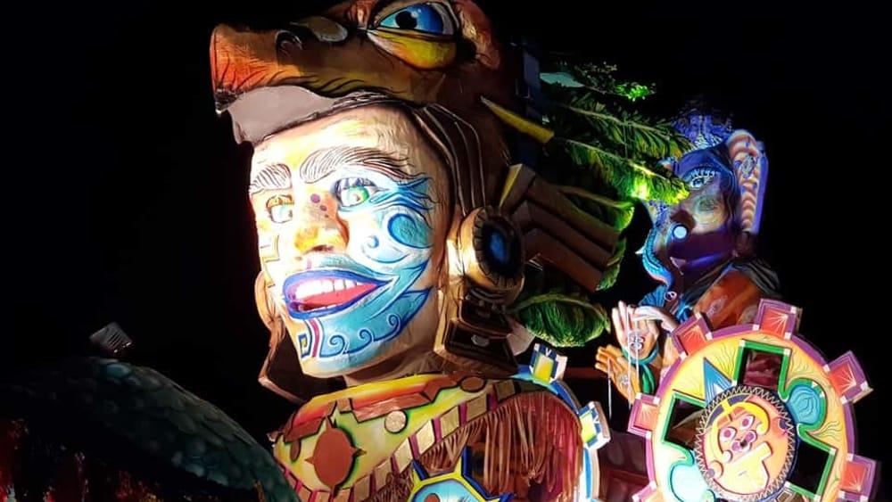 Colori e maschere tingono d'allegria la Costiera: gli spettacolari scatti del Carnevale di Maiori