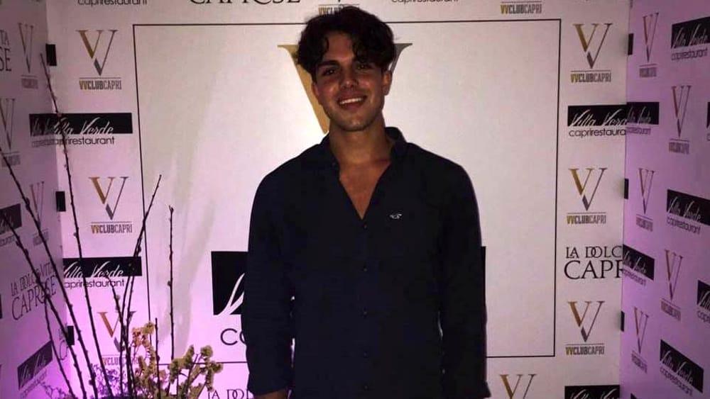 Ragazzo scompare dopo una serata in discoteca a Positano: lappello dei familiari